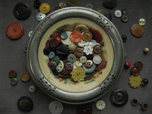 buttons in bowl by bricolagelife